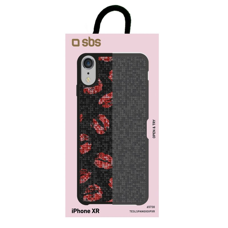 Jolie cover with XOXO theme for iPhone XR